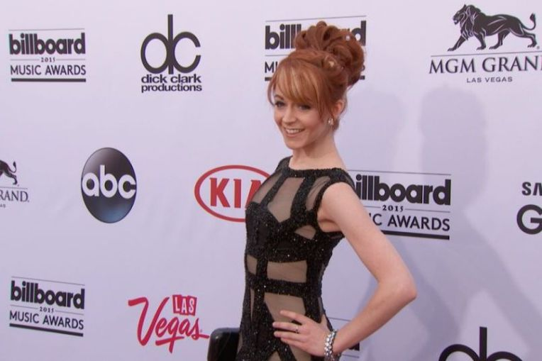 Lindsey_Stirling_Red_Carpet_Fashion_BBMA_2015- Billboard